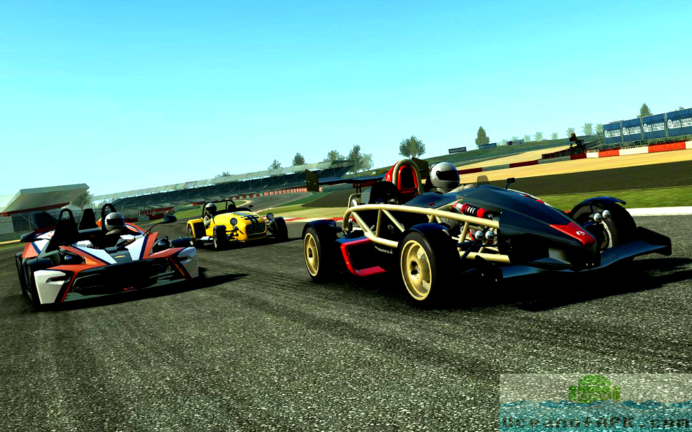 Play Real Racing 3 on PC with BlueStacks Android